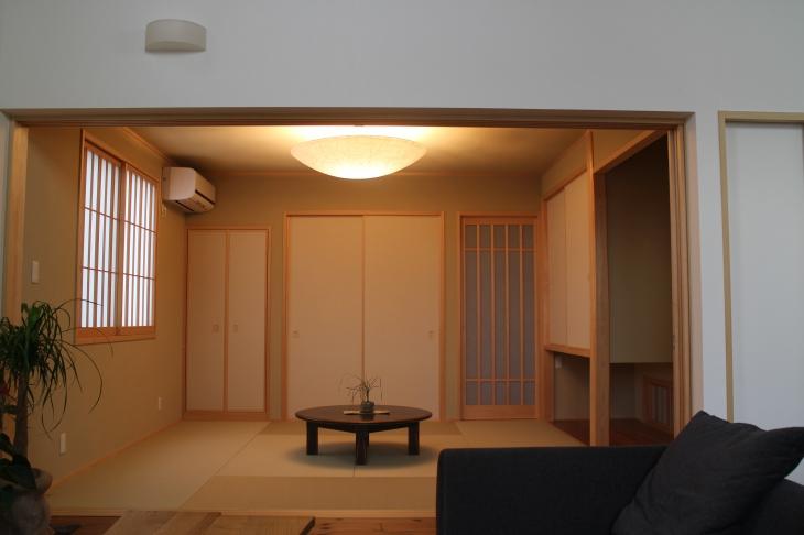 現代の和風の家